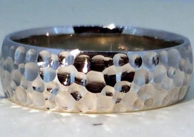 pic-11-white-gold-hammered-1200x630